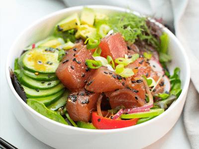 Des conseils nutritionnels pour réussir un poke bowl healthy
